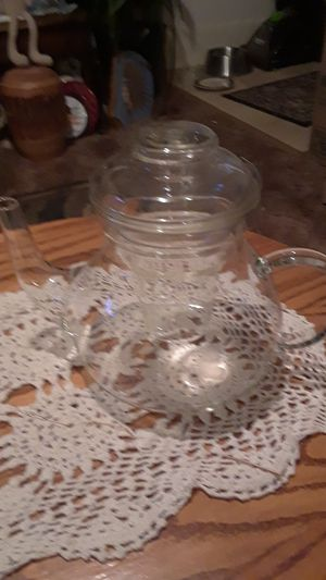 Crystal teapot,with lid and infuser for Sale in Klamath Falls, OR