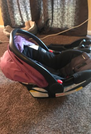 Graco Car seat & Base for Sale in Suitland, MD