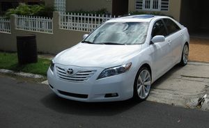 ir allí2OO8 Toyota Camry AWDWheels-One Owner Car .Clean Carfax. for Sale in Washington, DC