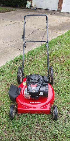 Murray push mower good condition first pull start for Sale in Houston, TX