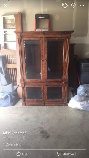 Two display cabinets with light up glass shelfs for Sale in HOFFMAN EST, IL