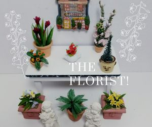 DOLLHOUSE MINIATURE FLOWERS STATUES COLLECTION for Sale in Rancho Santa Margarita, CA