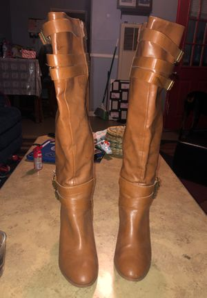 Tan brown boot heel size 8 woman for Sale in La Mirada, CA