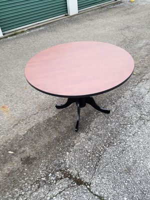 Dining table cherry wood w/black pedestal for Sale in Obetz, OH