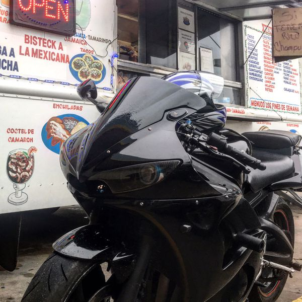 Yamaha (r6s) 2008 , perfect condition , I sell because I wanna upgrade to 1000cc