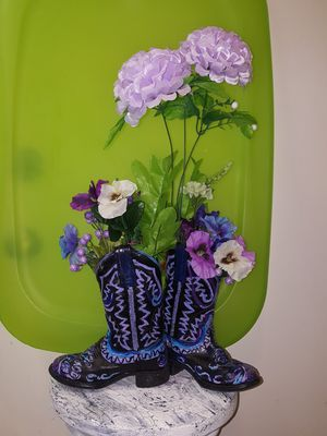 Cowboy boot bouquet for Sale in Las Vegas, NV