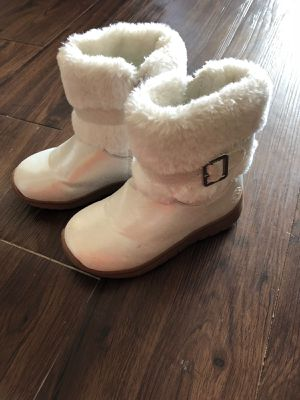 Toddler snow boots-size 10 for Sale in Irving, TX