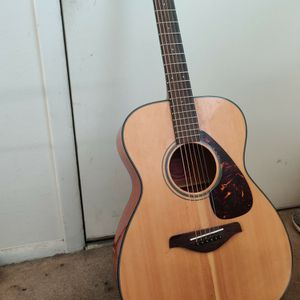 Yamaha Acoustic Guitar for Sale in Golden, CO