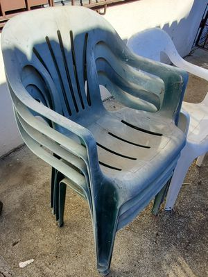 Free chairs. Just need cleaning for Sale in Palo Alto, CA