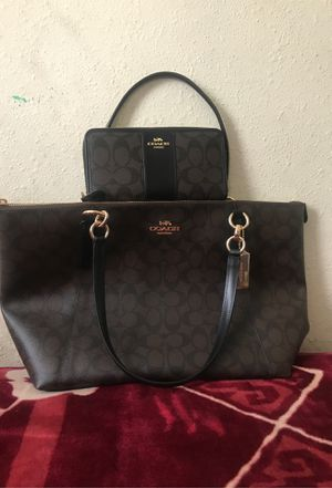 Coach purse and wallet(original) for Sale in Los Angeles, CA