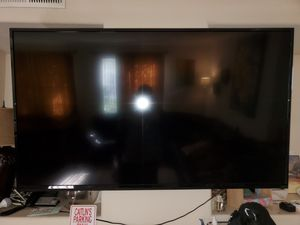 65'' TV & Z-Line TV Stand for Sale in San Diego, CA