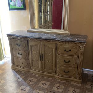 Antique Wooden Drawers With Mirror for Sale in Grayslake, IL