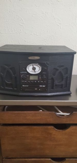 Vintage Record Player/ Radio/ CD for Sale in Austin, TX