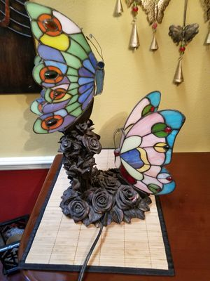 ANTIQUE stained glass Tiffany butterfly lamp for Sale in Tampa, FL
