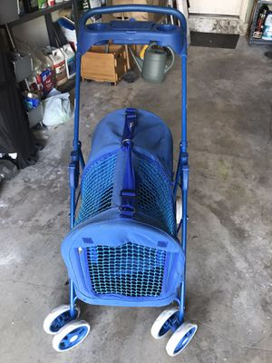 Four paws dog stroller for Sale in Homestead, FL