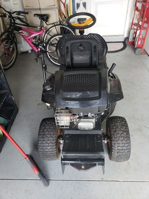 Poulan pro Riding lawn mower for Sale in Wesley Chapel, FL