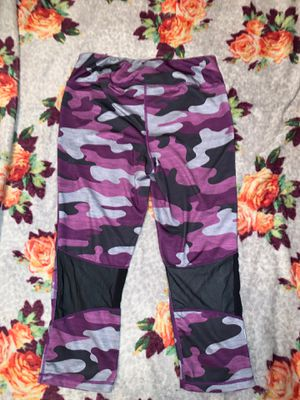 Reebok QuarterLength Tights for Sale in Irving, TX