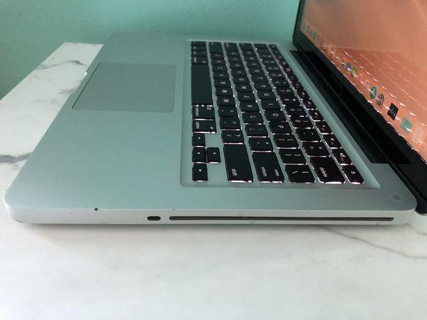 Apple MacBook MacBook 💻 Works Great
