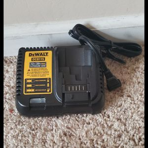 Brand new never used DEWALT20-Volt Max Power Tool Battery Charger $$ 25 firm for Sale in Bakersfield, CA