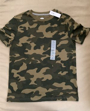 Old Navy Camo Kids Large T Shirt for Sale in Hialeah, FL