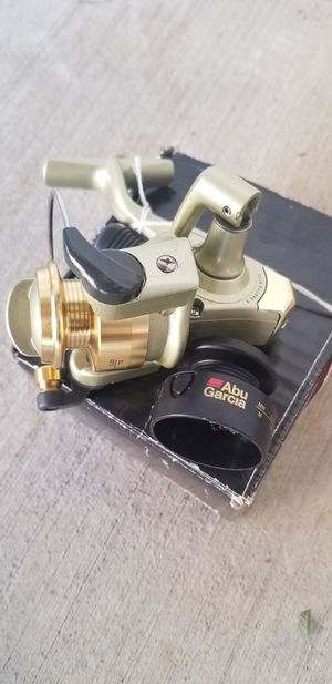 Fishing reel brand new for Sale in Fontana, CA