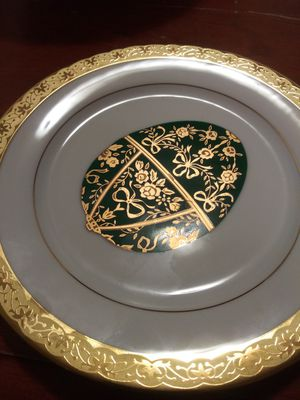 Collectible glass bowls and plates for Sale in Sacramento, CA