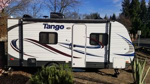 2015 Tango by Pacific coachworks, travel trailer, for Sale in Citrus Heights, CA