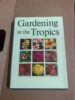 Gardening book for Sale in Kailua, HI