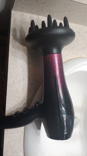 Hair dryer and straightener for Sale in Kissimmee, FL