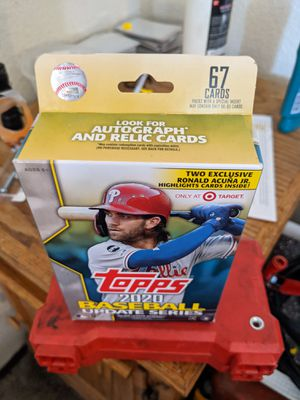 2012 Topps UPDATE Baseball EXCLUSIVE HUGE 67 Card Factory Sealed Hanger Box for Sale in Modesto, CA