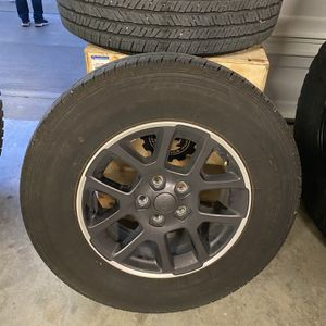 Jeep Gladiator Tires With TPMS still Installed for Sale in College Grove, TN
