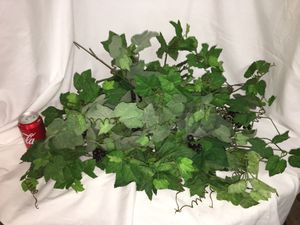 3 bunches / picks of leaves, greenery & grapes - artificial fake plants for Sale in El Mirage, AZ