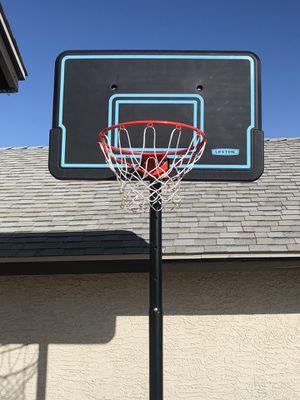 Basketball hoop for Sale in Glendale, AZ