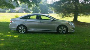 2012 Hyundai Sonata Hybrid for Sale in Coshocton, OH