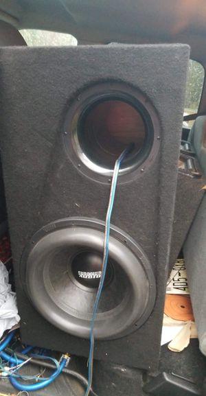 Sundown zv5 15 w/amp and box for Sale in Nashville, TN
