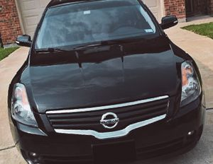 Automatic 2008 Nissan Altima Wheelsss - Clear Sedan for Sale in Philadelphia, PA