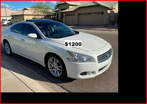 Price$12OO 2OO9 Nissan Maxima for Sale in Tampa, FL