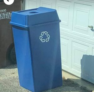 Recycling can for Sale in Grove City, OH