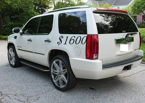 🍀I sell👍my🆕family🍀Suv $1,600🍀2008 Cadillac🍀 for Sale in Miami, FL