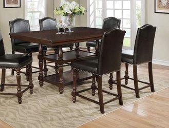 Counter height dining table. Price firm. for Sale in Pomona,  CA