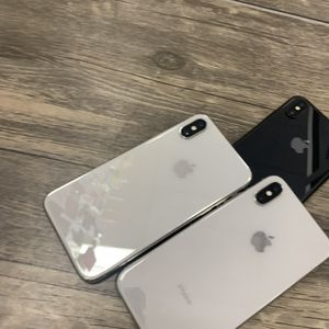 iPhone X Unlocked With Warranty for Sale in Cleveland, OH
