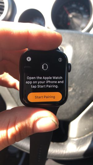 Apple Watch series 4 & 3 for Sale in Newark, OH