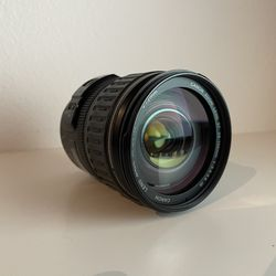 Canon EF 28-135 f/3.5-5.6 IS USM for Sale in Seattle,  WA