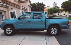 ABS info center and more 2005 Toyota Tacoma Double Cab for Sale in Jacksonville, FL