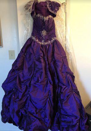 Great condition purple dress for Sale in Orlando, FL