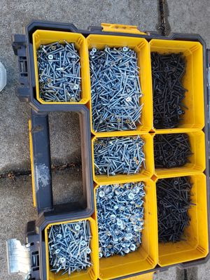 Caja con tornillos for Sale in Oakland, CA