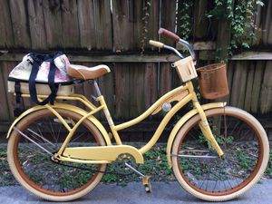"""26"""" Beach Cruiser Bike with Expandable Rear Rack Bag. Price is Firm! for Sale in Miami, FL"""