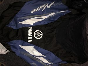 YAMAHA Nytro snowmobile cover for Sale in Dracut, MA