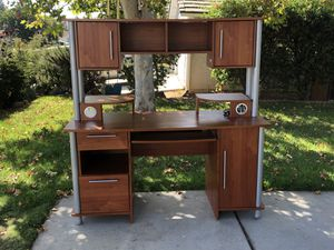 Desk - Free!!! for Sale in San Marcos, CA