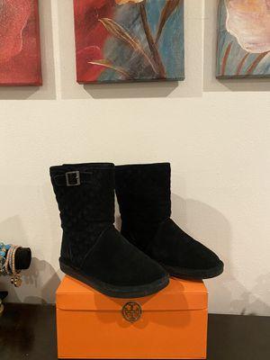 Black Bear Paw Boots ( size 6 ) for Sale in Pico Rivera, CA